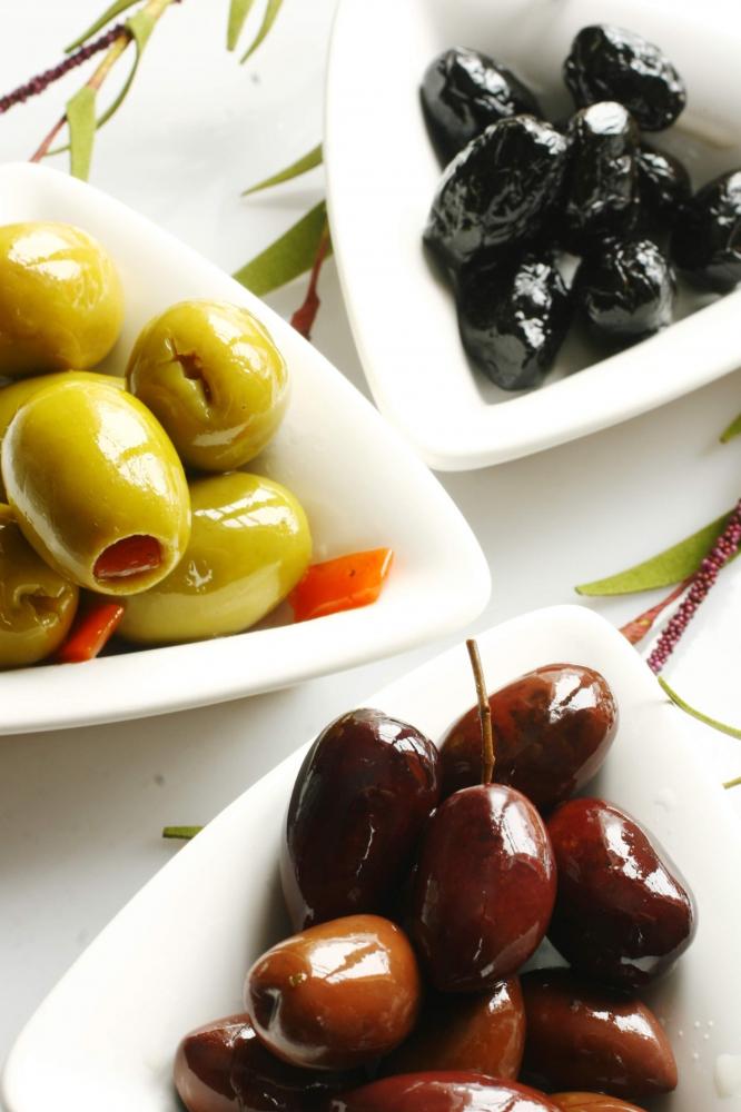 OL_13_02_olive_piatto