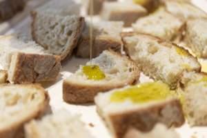 olio su pane
